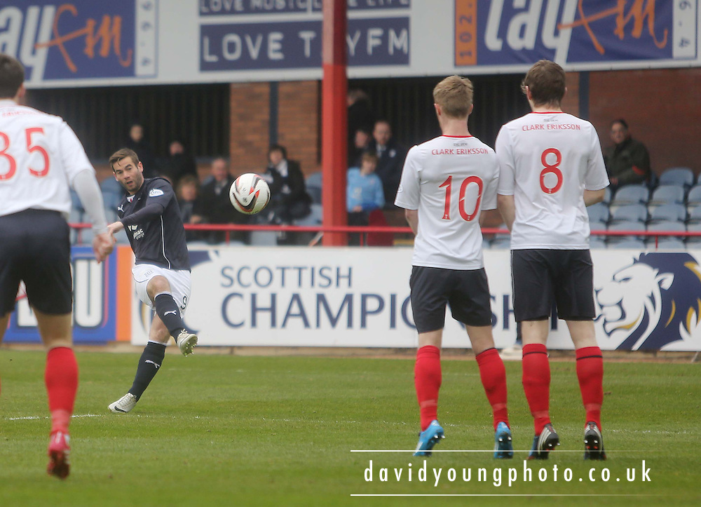 Peter MacDonald curls in a free kick - Dundee  v Falkirk - SPFL Championship at Dens Park<br /> <br />  - &copy; David Young - www.davidyoungphoto.co.uk - email: davidyoungphoto@gmail.com
