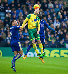 LEICESTER, ENGLAND - Saturday, February 27, 2016: Norwich City's Steven Naismith in action against Leicester City's N'Golo Kante during the Premier League match at Filbert Way. (Pic by David Rawcliffe/Propaganda)