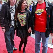 NLD/Amsterdam/20110731 - Premiere circus Hurricane met Hans Klok, Belinda Meuldijk met partner Thierry Duval Slothouwer en zoon Yoshi