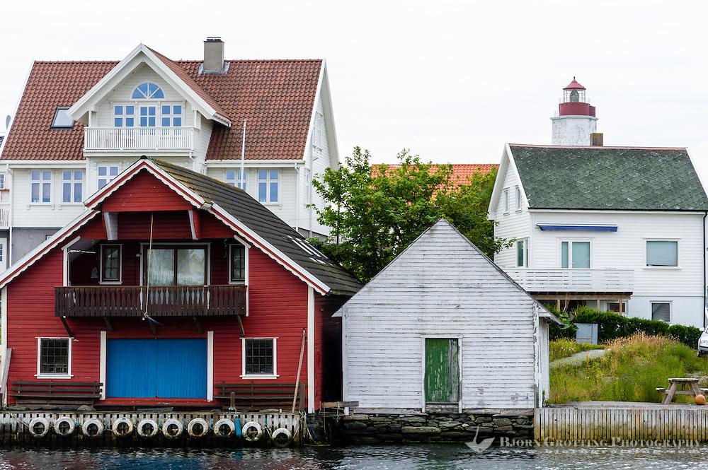 Norway, Rogaland, Kvitsøy. Ydstebøhavn village.