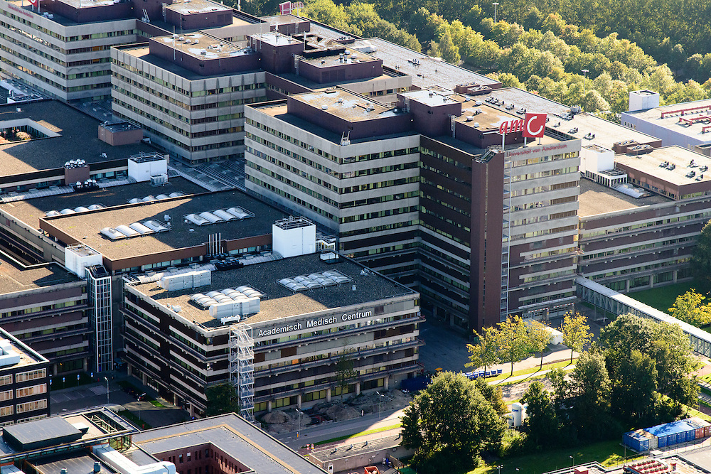 Nederland, Noord-Holland, Amsterdam, 27-09-2015;<br /> Holendrecht, Academisch Medisch Centrum AMC in Amsterdam Zuidoost. Universiteitsziekenhuis en poliklinieken, faculteit geneeskunde. AMC Academic Medical Center in Amsterdam; university hospital and outpatient clinics, faculty of medicine.<br />   <br /> luchtfoto (toeslag op standard tarieven);<br /> aerial photo (additional fee required);<br /> copyright foto/photo Siebe Swart