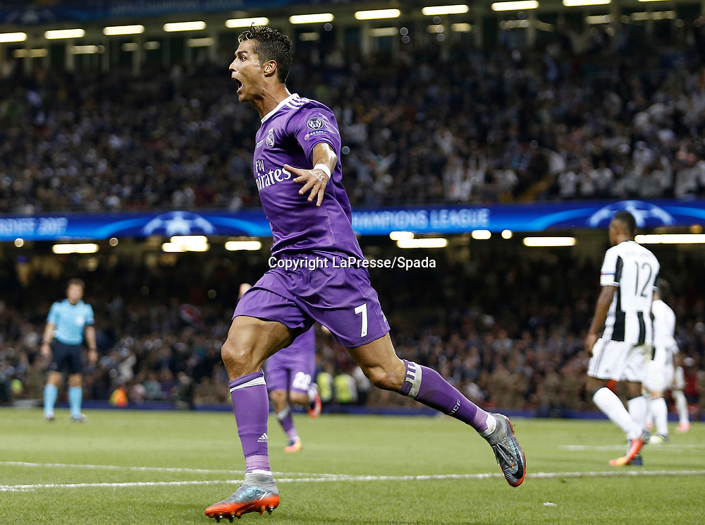 Foto LaPresse - Spada<br /> 03 Giugno  2017 Cardiff  ( Galles  )<br /> Sport Calcio<br /> Juventus - Real Madrid <br /> Champions League 2016 2017 - Finale<br /> Nella foto:  esultanza dopo il gol c. ronaldo 1-3<br /> <br /> Photo LaPresse - Spada<br /> 03, June  2017 Cardiff ( Wales )<br /> Sport Soccer<br /> Juventus -  Real Madrid  <br /> Champions League 2016 2017 - Final <br /> In the pic:  celebrates after scoring c. ronaldo 1-3