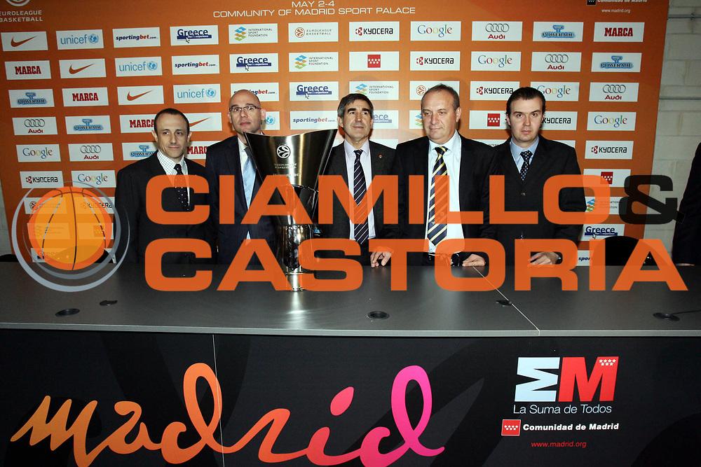 DESCRIZIONE : Madrid Eurolega 2007-08 Conferenza Press Conference<br />GIOCATORE : Ettore Messina Neven Spahija Jordi Bertomeu Zvi Sheref Simone Pianigiani<br />SQUADRA : Maccabi Elite Tel Aviv Montepaschi Siena<br />EVENTO : Eurolega 2007-2008 <br />GARA : <br />DATA : 01/05/2008 <br />CATEGORIA : Ritratto<br />SPORT : Pallacanestro <br />AUTORE : Agenzia Ciamillo-Castoria/P.Lazzeroni<br />Galleria : Eurolega 2007-2008 <br />Fotonotizia : Madrid Eurolega 2007-2008 Final Four Conferenza Press Conference<br />Predefinita :
