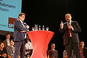 Mannheim. 19.09.17 | SPD-Kanzlerkandidat Martin Schulz im Capitol Mannheim.<br /> Im Wahlkampf zur Bundestagswahl unterstützt Kanzlerkandidat Martin Schulz Mannheims SPD Bundestagsabgeordneter Stefan Rebmann.<br /> <br /> <br /> BILD- ID 2395 |<br /> Bild: Markus Prosswitz 19SEP17 / masterpress (Bild ist honorarpflichtig - No Model Release!)