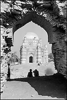 Pakistan - Punjab - Uch e Sharif - Tombe de Bibi Jiwandi. // Pakistan - Punjab - Uch e Sharif - Bibi Jiwandi Tomb.