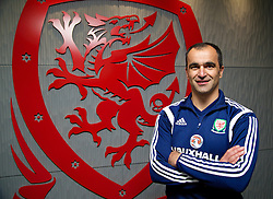 CHEPSTOW, WALES - Friday, May 23, 2014: Everton manager Roberto Martinez during the Football Association of Wales' National Coaches Conference 2014 at Dragon Park FAW National Development Centre. (Pic by David Rawcliffe/Propaganda)