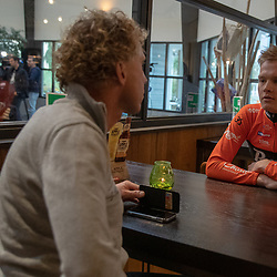 29-11-2018: Wielrennen: Team Roompot Charles: Kamperland<br />Justin Timmermans (Hardenberg) in gesprek met ploegleider Michael Boogerd
