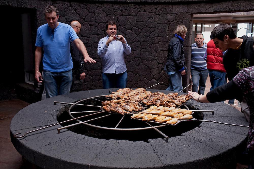 Cocina natural volcanica. Parque nacional del Timanfaya. Isla de Lanzarote.