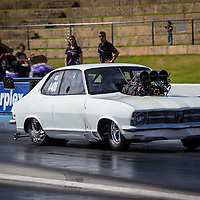 Wayne Batson (4486) in his Supercharged Outlaw Holden Torana.