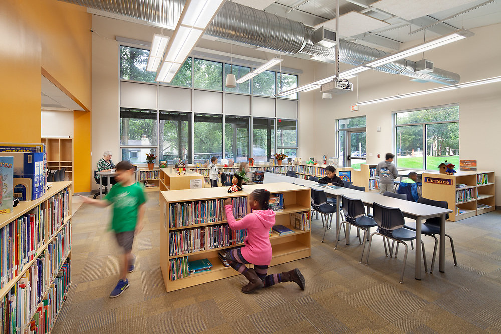 13500 Layhill Barry School Classroom Library