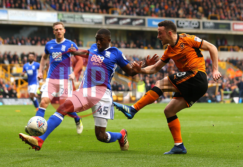 Diogo Jota of Wolverhampton Wanderers shoots at goal - Mandatory by-line: Robbie Stephenson/JMP - 15/04/2018 - FOOTBALL - Molineux - Wolverhampton, England - Wolverhampton Wanderers v Birmingham City - Sky Bet Championship