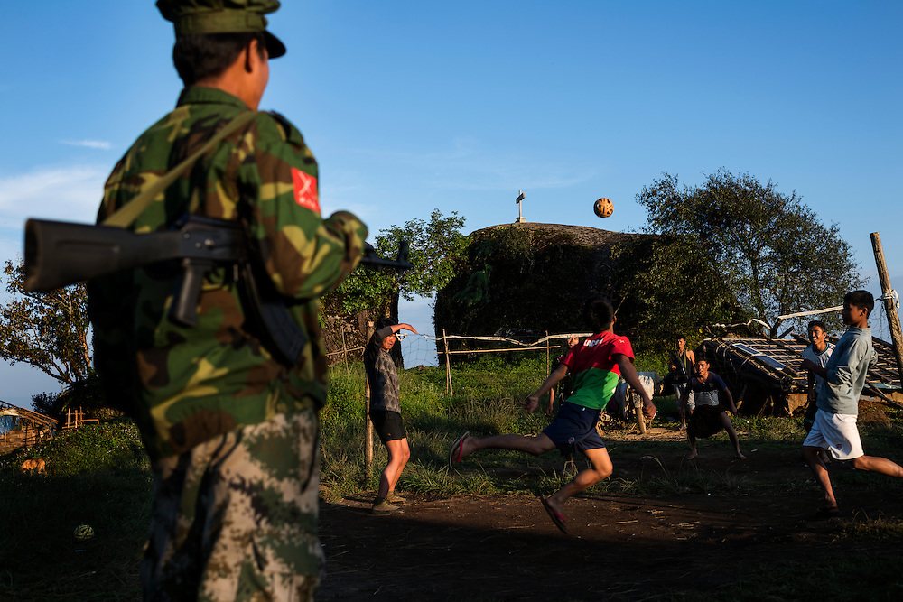 Mai Ja Yang 20160911<br /> K.I.A. rebells playing &quot;chinlone&quot;, a mix of football and volleyball, at Lagat Bum, a frontline outpost near Mai Ja Yang in Kachin State, Myanmar.<br /> Photo: Vilhelm Stokstad / Kontinent