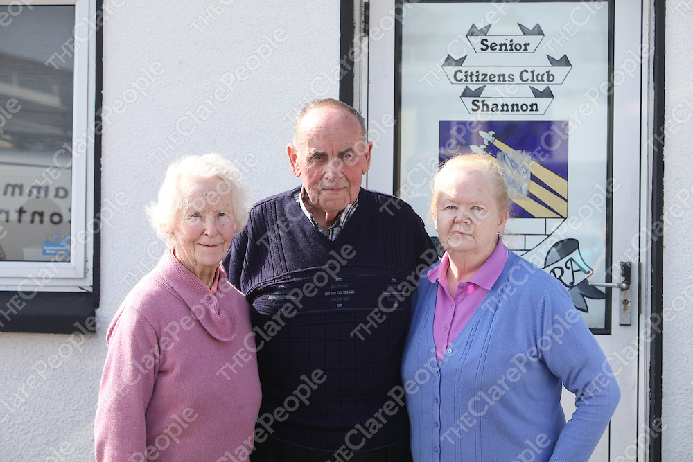 Mary Moran, George Justice and Tess Barry pictured at the Shannon Senior Citizens Club on Monday.<br /> Pic. Brian Arthur/ Press 22.