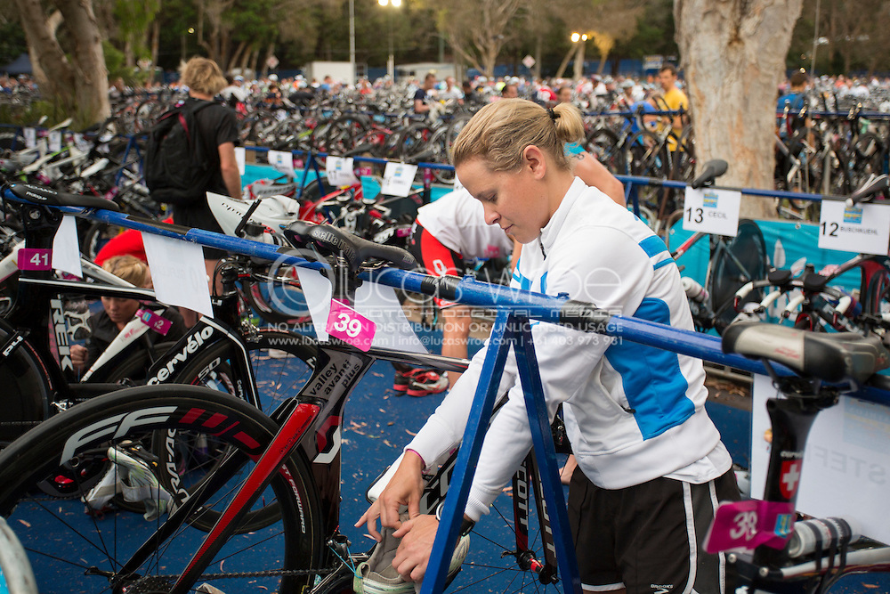 Sarah Crowley (AUS). Noosa Triathlon. 2012 Noosa Triathlon Festival. Noosa, Queensland, Australia. 04/11/2012. Photo By Lucas Wroe