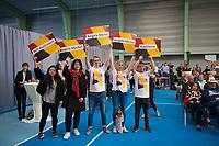 DEU, Deutschland, Germany, Schwerin, 19.09.2017: Unterstützer der CDU bei einer Wahlveranstaltung der CDU mit Bundeskanzlerin Dr. Angela Merkel in einer Tennishalle.