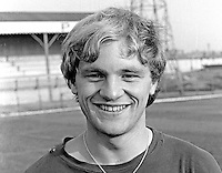 Billy Sinclair, footballer, Linfield FC, N Ireland, August 1970, 197008000288<br /> <br /> Copyright Image from Victor Patterson, 54 Dorchester Park, Belfast, UK, BT9 6RJ<br /> <br /> Tel: +44 28 9066 1296<br /> Mob: +44 7802 353836<br /> Voicemail +44 20 8816 7153<br /> Email: victorpatterson@me.com<br /> Email: victorpatterson@gmail.com<br /> <br /> IMPORTANT: My Terms and Conditions of Business are at www.victorpatterson.com