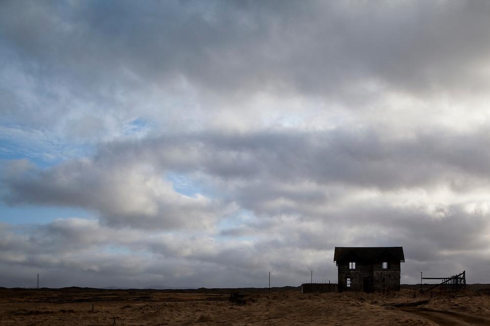 Iceland, Keflavik, Abandoned farmhouse on spring evening