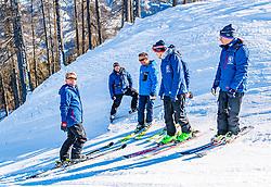10.01.2020, Streif, Kitzbühel, AUT, FIS Weltcup Ski Alpin, Schneekontrolle durch die FIS, im Bild v.l. Herbert Hauser (Pistenchef Streif), Christian Schroll (Pistenchef Ganslern), Hannes Trinkl (FIS Renndirektor), Jan Überall (KSC), Thomas Voithofer (Rennstrecken Begrenzungen) // f.l. Herbert Hauser slope Manager Streif Christian Schroll slope Manager Ganslern Hannes Trinkl FIS Racedirector Jan Überall (KSC) and Thomas Voithofer racetrack boundary during snow control by the FIS for the FIS ski alpine world cup at the Streif in Kitzbühel, Austria on 2020/01/10. EXPA Pictures © 2020, PhotoCredit: EXPA/ Stefan Adelsberger