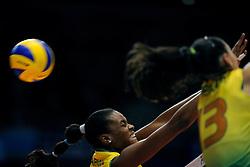 23-08-2009 VOLLEYBAL: WGP FINALS JAPAN - BRAZILIE: TOKYO <br /> Brazilie wint met 3-1 van Japan en zijn de winnaar van de Grand Prix 2009 / Fabiana Claudino<br /> ©2009-WWW.FOTOHOOGENDOORN.NL