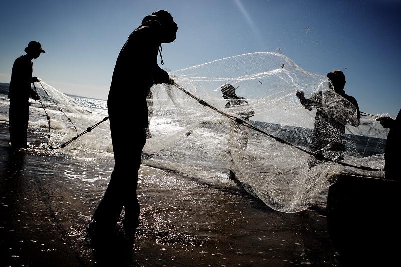 Muine. Fishermen still work.