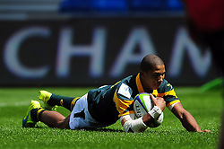 Manie Libbok of South Africa U20 scores the opening try of the match - Mandatory byline: Patrick Khachfe/JMP - 07966 386802 - 25/06/2016 - RUGBY UNION - AJ Bell Stadium - Manchester, England - Argentina U20 v South Africa U20 - World Rugby U20 Championship 2016 3rd Place Play-Off.