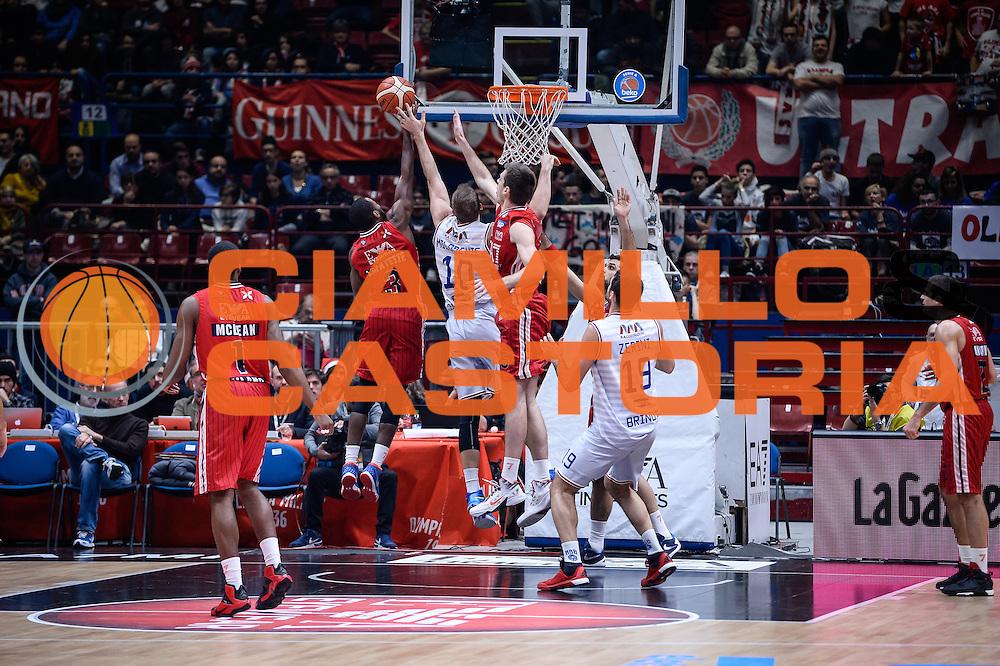 DESCRIZIONE : Milano Lega A 2015-16 <br /> GIOCATORE : Oliver Lafayette<br /> CATEGORIA : Tiro Controcampo<br /> SQUADRA : Olimpia EA7 Emporio Armani Milano<br /> EVENTO : Campionato Lega A 2015-2016<br /> GARA : Olimpia EA7 Emporio Armani Milano Enel Brindisi<br /> DATA : 20/12/2015<br /> SPORT : Pallacanestro<br /> AUTORE : Agenzia Ciamillo-Castoria/M.Ozbot<br /> Galleria : Lega Basket A 2015-2016 <br /> Fotonotizia: Milano Lega A 2015-16