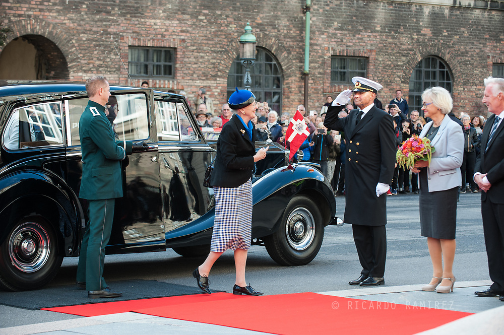 03.10.2017. Copenhagen, Denmark. <br /> Queen Margrethe's arrival to Christiansborg Palace for attended the opening session of the Danish Parliament (Folketinget).<br /> Photo: © Ricardo Ramirez