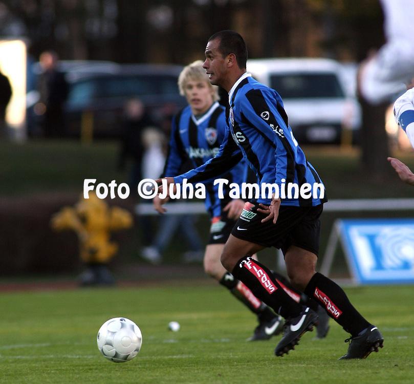 20.04.2009, Wikl?f Holding Arena, Mariehamn, Finland..Veikkausliiga 2009 - Finnish League 2009.IFK Mariehamn - FC Inter Turku.Alberto Ramirez - Inter.©Juha Tamminen.