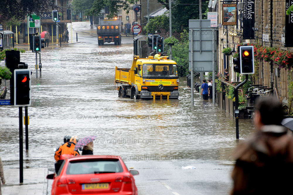 hebden bridge underwater again again 2 weeks after the town was devastated by  severe flooding