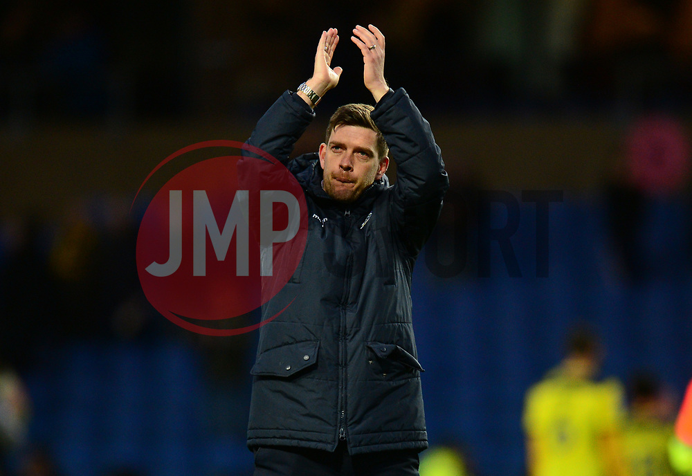 Bristol Rovers manager Darrell Clarke claps the traveling fans. - Mandatory by-line: Alex James/JMP - 10/02/2018 - FOOTBALL - Kassam Stadium - Oxford, England - Oxford United v Bristol Rovers - Sky Bet League One
