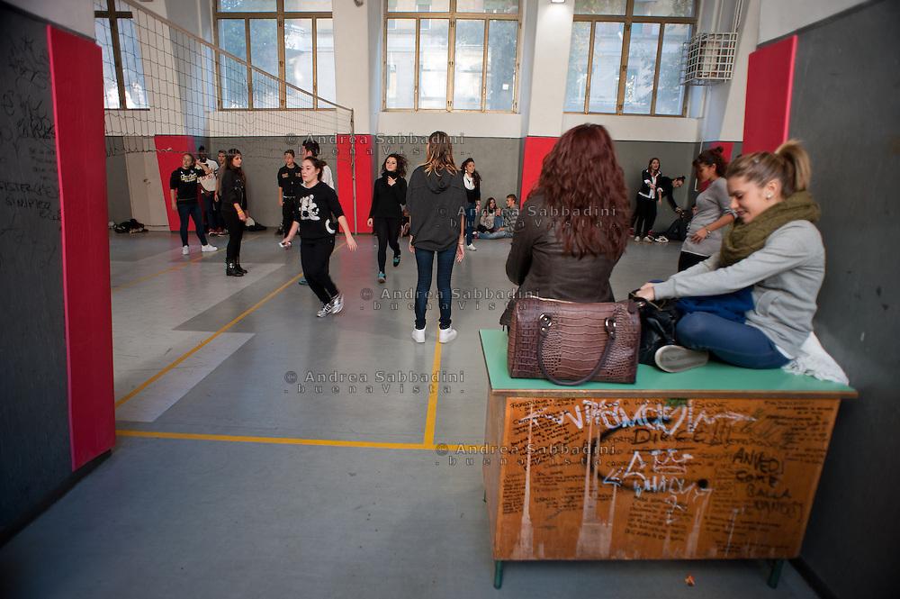 Rome, 21/11/2012: Liceo Machiavelli occupato. La palestra - Students protest against government cuts on education.<br /> &copy;Andrea Sabbadini