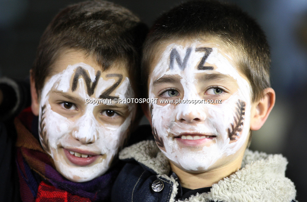 Young All Blacks fans show their support.<br />