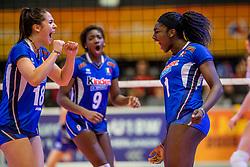 01-04-2017 NED:  CEV U18 Europees Kampioenschap vrouwen dag 1, Arnhem<br /> Rusland - Italie 0-3 / Terry Ruth Nkemdilim Enweonwu #1