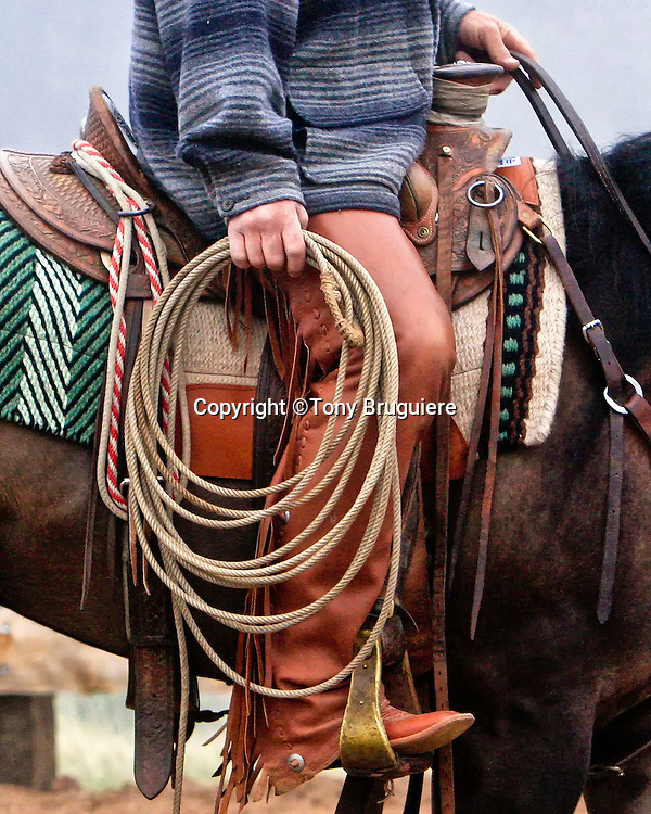 ba2e17fb92514e Buckaroos priamarily use a reata or rope made of braided rawhide which is  sixty feet long