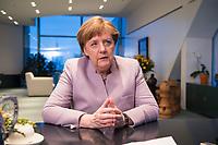 20 MAR 2017, BERLIN/GERMANY:<br /> Angela Merkel, CDU, Bundeskanzlerin, waehrend einem Interview, in ihrem Buero, Bundeskanzleramt<br /> IMAGE: 20170320-01-001<br /> KEYWORDS: B&uuml;ro