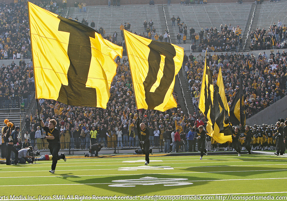 November 21, 2009: The Iowa Hawkeyes take the field before their 12-0 win over the Minnesota Golden Gophers at Kinnick Stadium in Iowa City, Iowa on November 21, 2009.