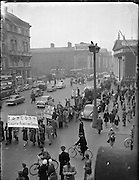 Students and members of the public join in a 'Boycott South African Goods' march in Dublin. The Dublin campaign, part of an international effort to highlight the injustices of the apartheid system, was initiated by the Irish branch of the Afro-Asia Society.   .10.02.1960
