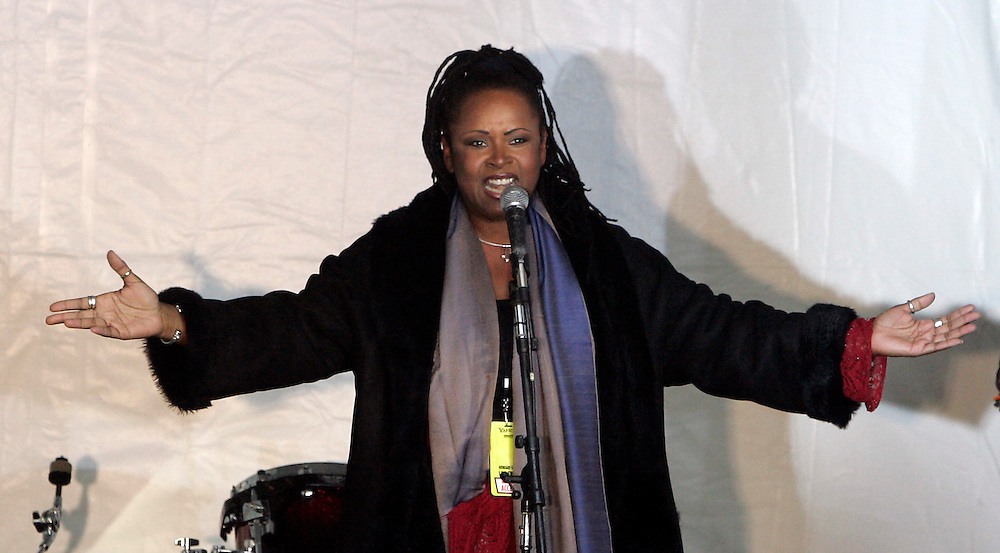 Robin Quivers of the Howard Stern show addresses an audience at a rally to celebrate the shows final broadcast on FM radio in New Yorks 16 December 2005.After 21 years on the air and millions of dollars of fines from the FCC, Stern signed a $500 million 5-year deal with the largely unregulated  Sirius satellite radio which begins broadcasts