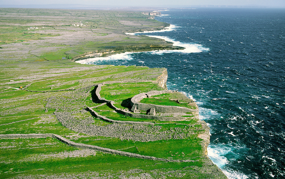 Dun Aenghus ancient Celtic stone fort high on the cliffs of Inishmore, the largest of the Aran Islands, County Galway, Ireland.