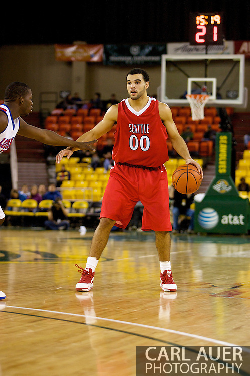 November 27, 2008: Seattle University forward Mike Boxley (00) in the opening round of the 2008 Great Alaska Shootout at the Sullivan Arena