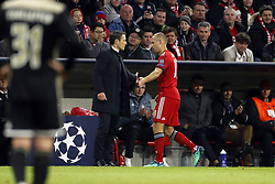 (l-r) coach Niko Kovac of FC Bayern Munchen, Arjen Robben of FC Bayern Munchen during the UEFA Champions League group E match between Bayern Munich and Ajax Amsterdam at the Allianz Arena on October 02, 2018 in Munich, Germany