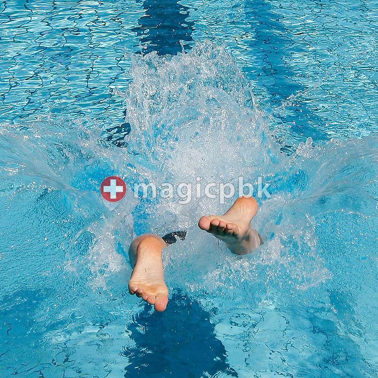 SCUW's Ciril Hofmann of Switzerland starts in the men's 200m breaststroke heats at the Swiss Swimming Summer Championships in Tenero, Switzerland, Sunday, July 5, 2009. (Photo by Patrick B. Kraemer / MAGICPBK)
