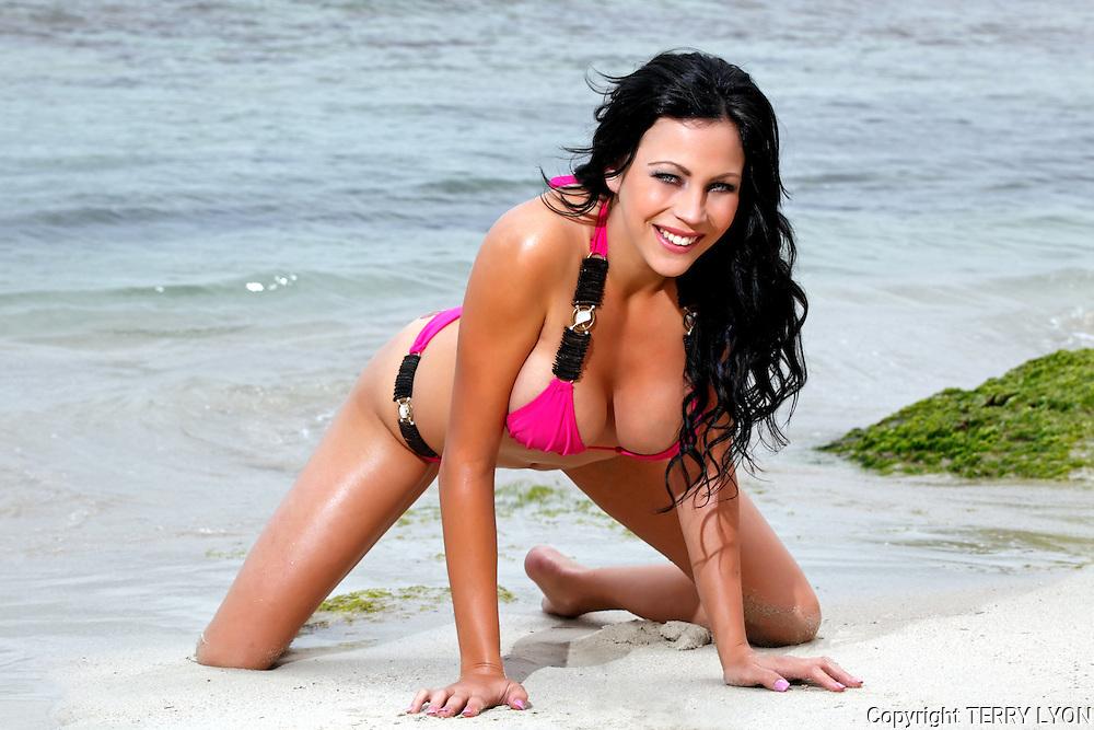 Madison Rhys, Cottesloe beach and studio shoot, photo Terry Lyon , Terry Lyon Photography