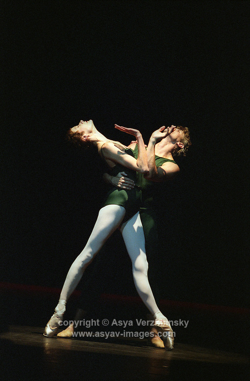 "San Francisco Ballet's Muriel Maffre and Yuri Possokhov in Christopher Wheeldon's ""Continuum"""