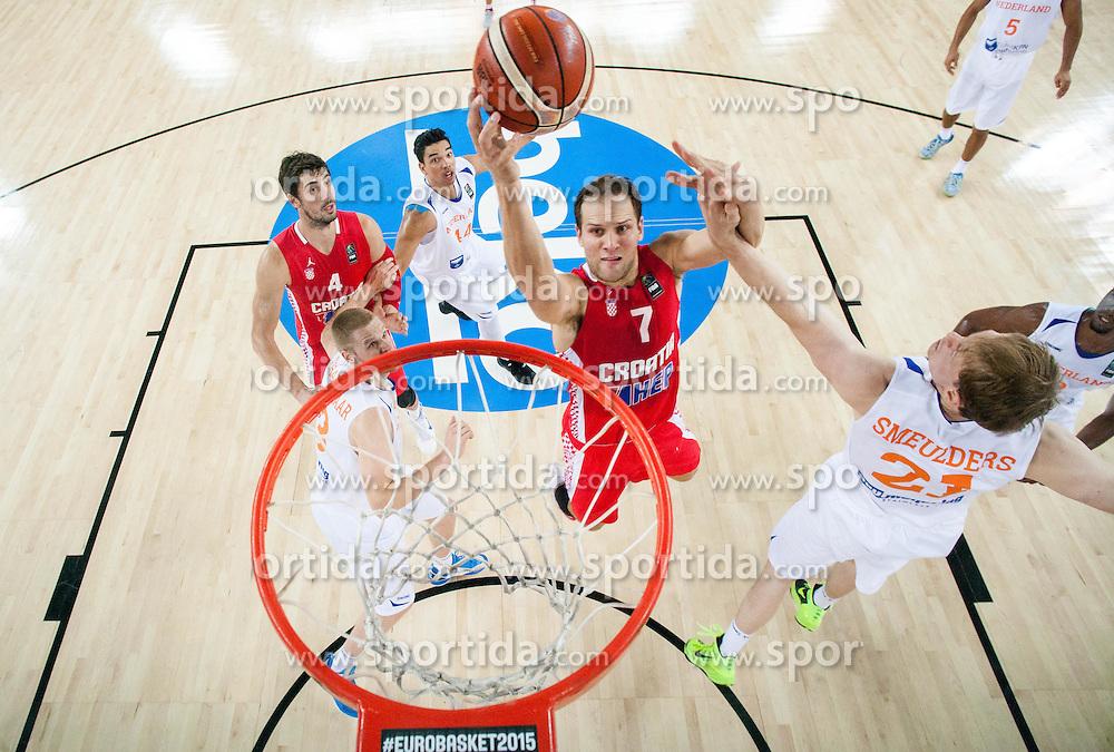 Bojan Bogdanovic of Croatia vs Robin Smeulders of Netherlands during basketball match between Netherlands and Croatia at Day 5 in Group C of FIBA Europe Eurobasket 2015, on September 9, 2015, in Arena Zagreb, Croatia. Photo by Vid Ponikvar / Sportida
