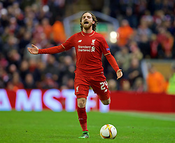 LIVERPOOL, ENGLAND - Thursday, March 10, 2016: Liverpool's Joe Allen in action against Manchester United during the UEFA Europa League Round of 16 1st Leg match at Anfield. (Pic by David Rawcliffe/Propaganda)