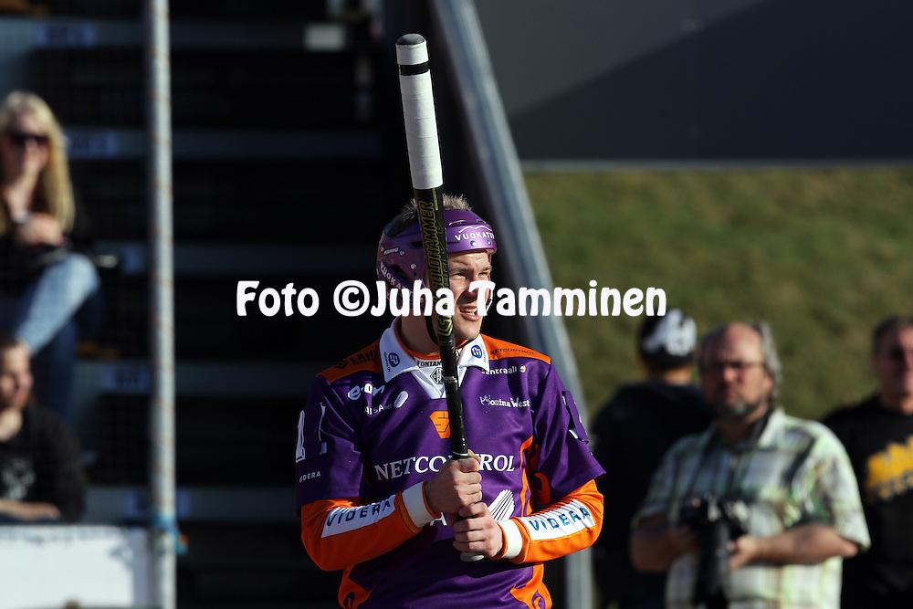 10.5.2011, Kouvola..Superpesis 2011, Kouvolan Pallonly?j?t  - Sotkamon Jymy..Antti Hartikainen - Sotkamo.©Juha Tamminen.