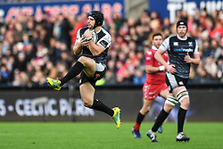 Dan Evans of Ospreys claims the high ball<br /> <br /> Photographer Craig Thomas/Replay Images<br /> <br /> Guinness PRO14 Round 11 - Ospreys v Scarlets - Saturday 22nd December 2018 - Liberty Stadium - Swansea<br /> <br /> World Copyright © Replay Images . All rights reserved. info@replayimages.co.uk - http://replayimages.co.uk