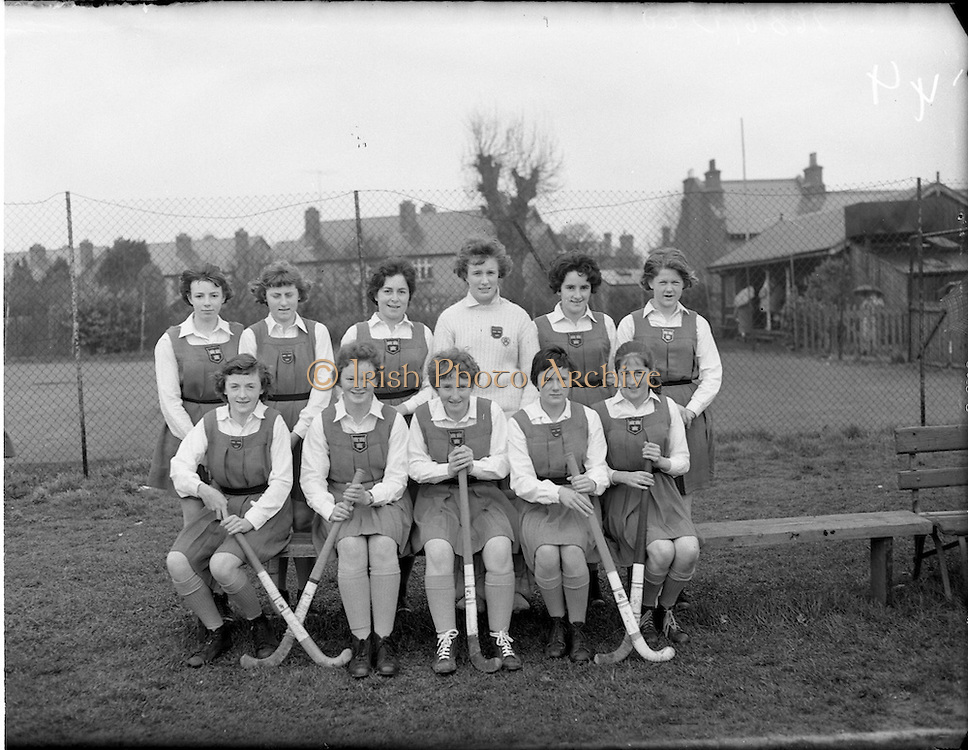 01/04/1960<br /> 04/01/1960<br /> 01 April 1960<br /> Schoolgirl Interprovincial Hockey Munster v Leinster. The Munster Team.