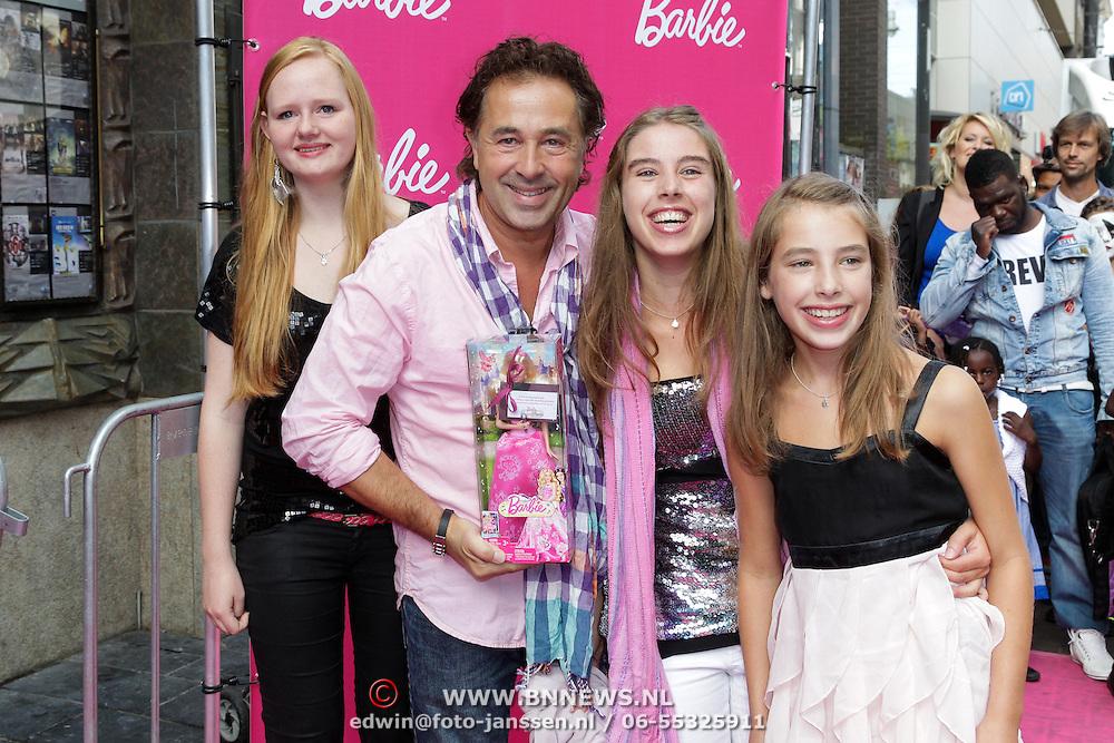 NLD/Amsterdam/20120909- Filmpremiere Barbie, Bart Bos met dochters